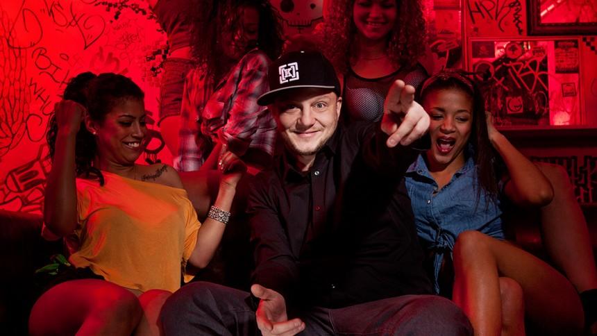 Pharfar går solo – og indspiller album med Bikstok