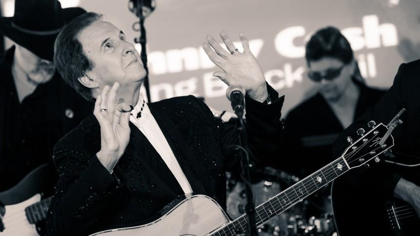 Tommy Cash: My Brother Johnny Cash: Fængslet, Horsens