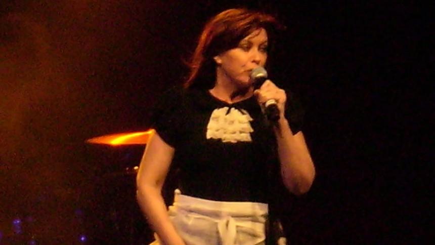 Australsk sangerinde død