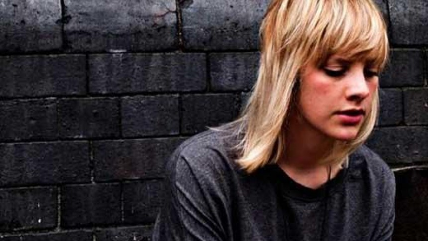 Anika Henderson: Distortion Festival, Live Teltet