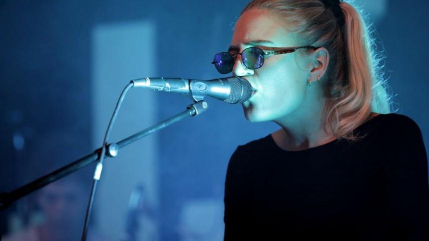 Digte og musik svæver i en symbiose i Vega