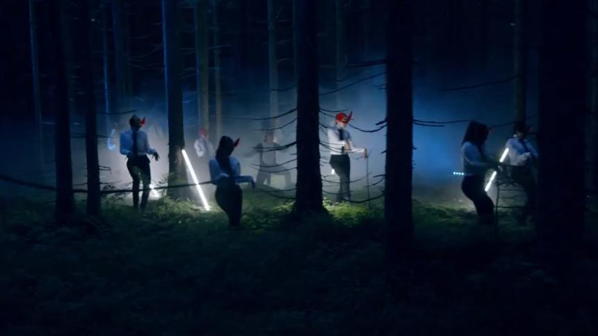 Syngende norske ræve hitter på nettet