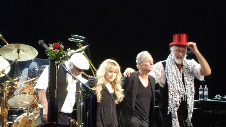 Fleetwood Mac-bassist ramt af kræft