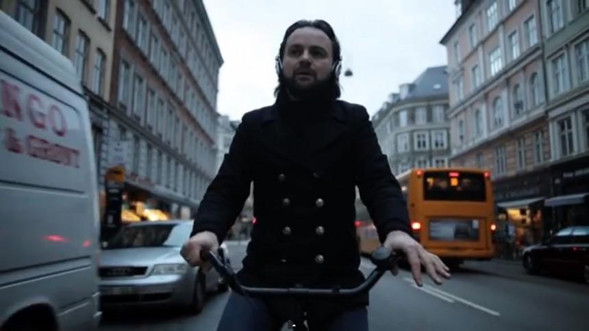 Se Tim Christensen fortolke Depeche Mode