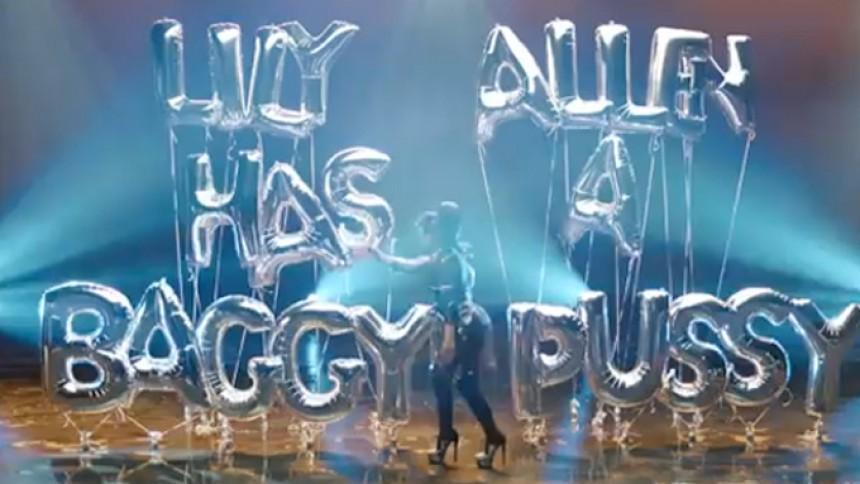 Se Lily Allen vise sin slappe *****