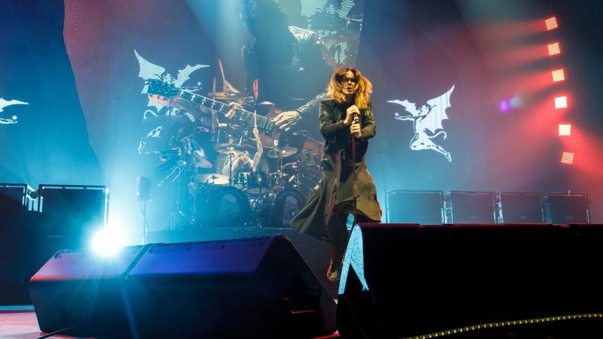 Ozzy Osbourne inviterer Bill Ward til et sidste Sabbath-show