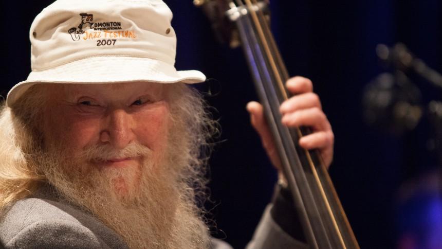 Den danske jazzlegende Hugo Rasmussen er død