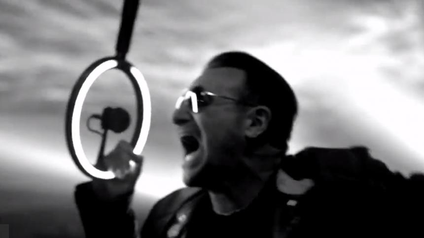 Bono: - Det er ikke sikkert, at jeg kommer til at spille guitar igen