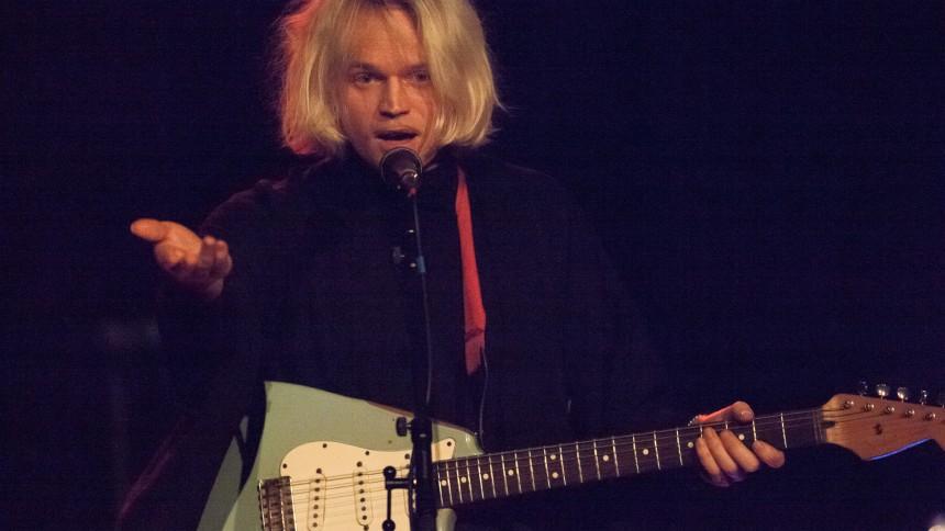 Connan Mockasin gæster Danmark med koncert og film