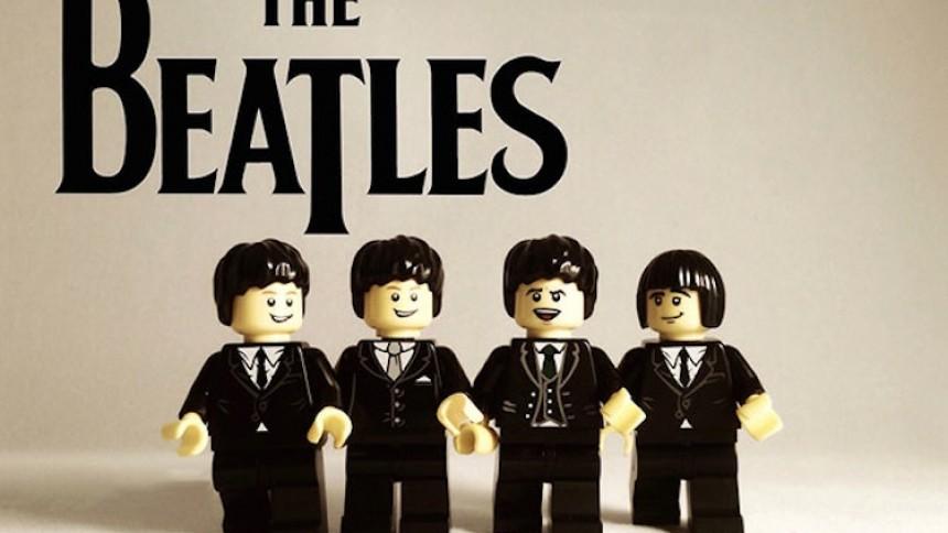 En klodset historie - se bands som Lego-figurer