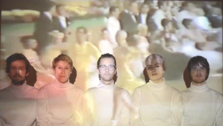 Se første video fra indie-supergruppen Lowly
