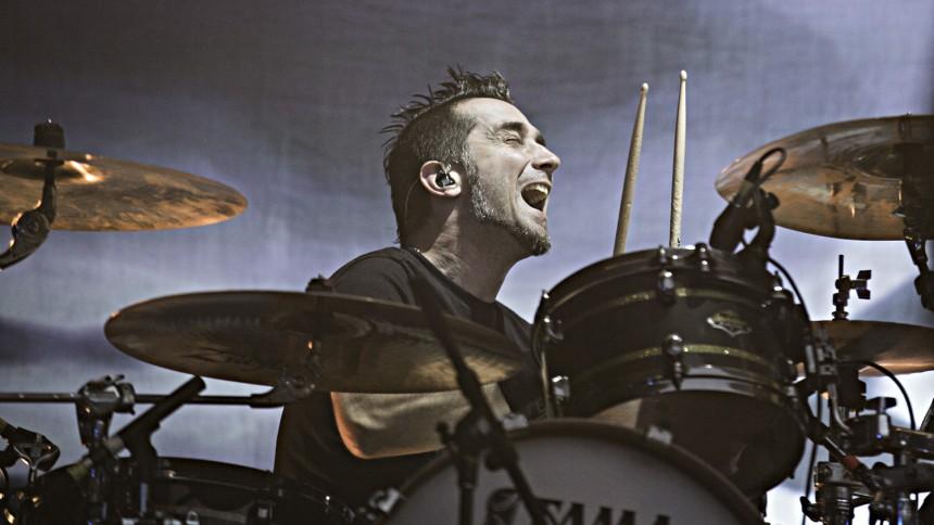 The Offsprings trommeslager forlader bandet – fordi han ikke vil vaccineres