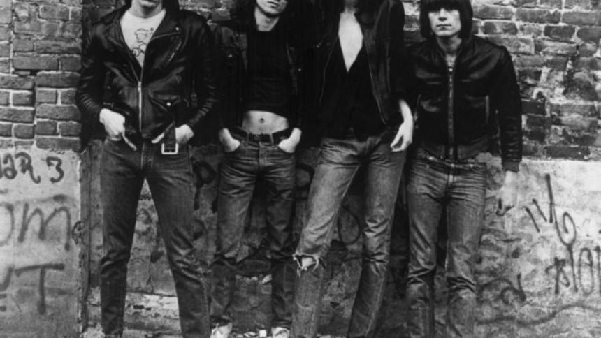 Ramones' debutalbum udkommer i 40 års deluxe-jubilæumsudgave