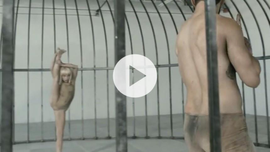 Sia undskylder video efter pædofili-anklager