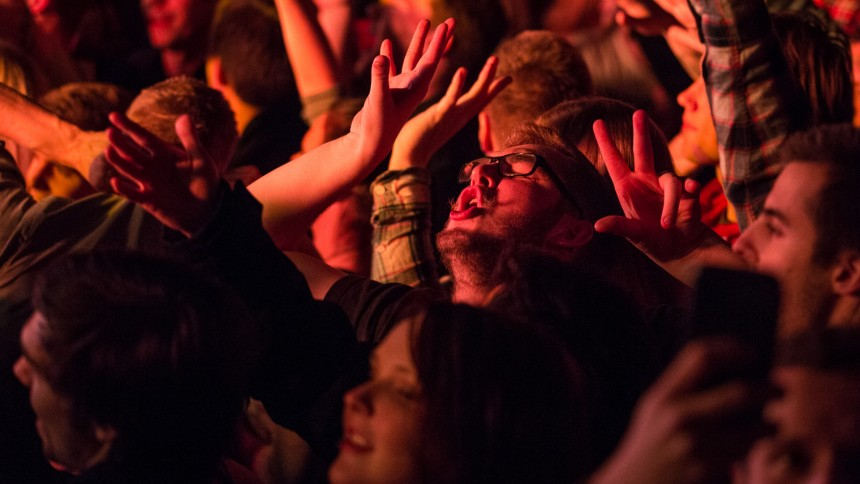 21 danske spillesteder får millioner til bedre lyd