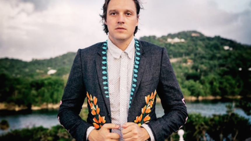 Arcade Fire-sanger ærer afdøde Alan Vega med cover-sang