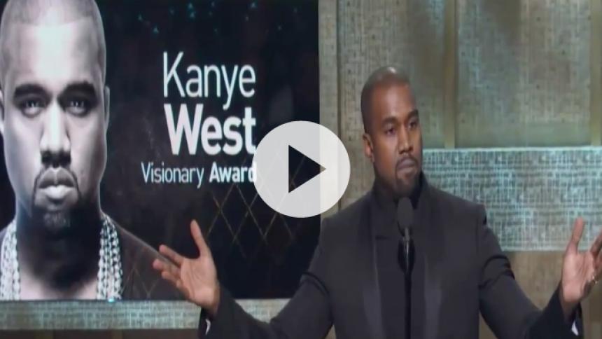 Se Kanye West holde intens tale om racisme