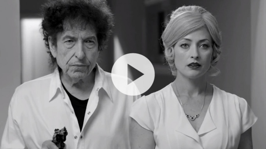 Video: Se Bob Dylan i blodigt trekantsdrama