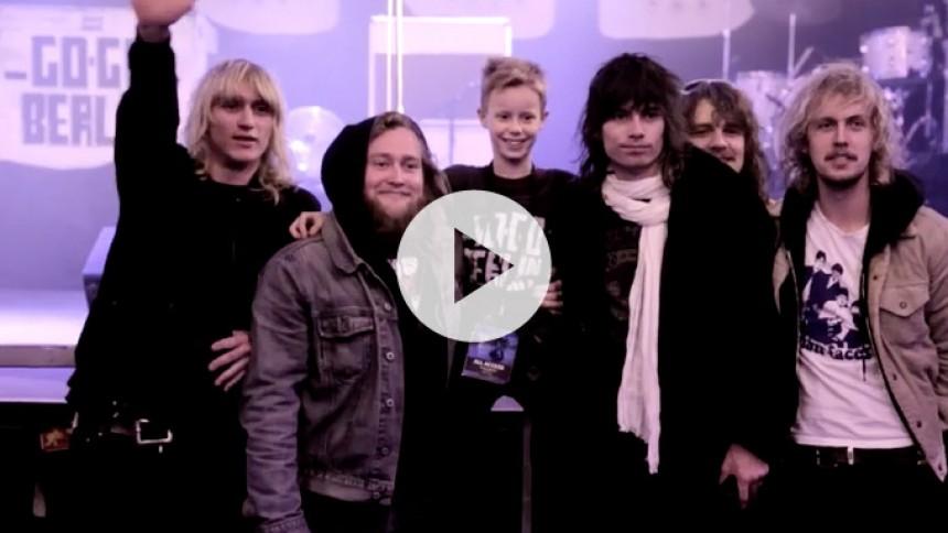 Se ny video fra Go Go Berlin: Kom med rock'n'rollerne bag scenen