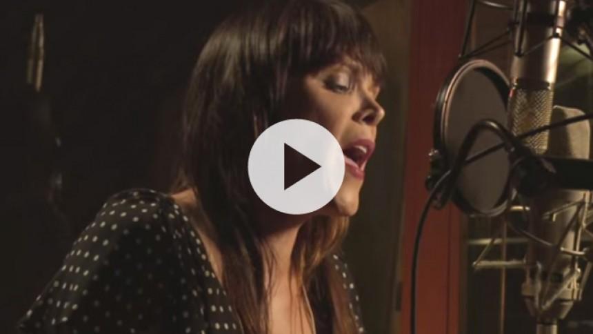 Video: Se albumaktuelle Beth Hart i studiet