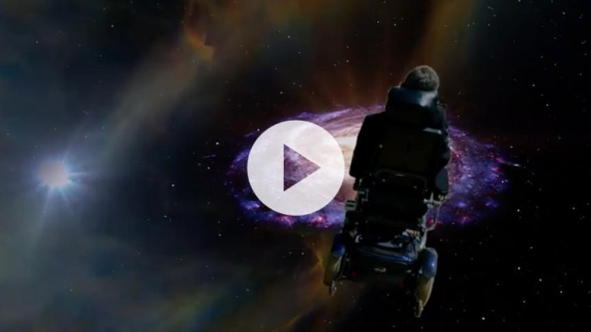 Hør Stephen Hawking synge Monty Pythons Galaxy Song