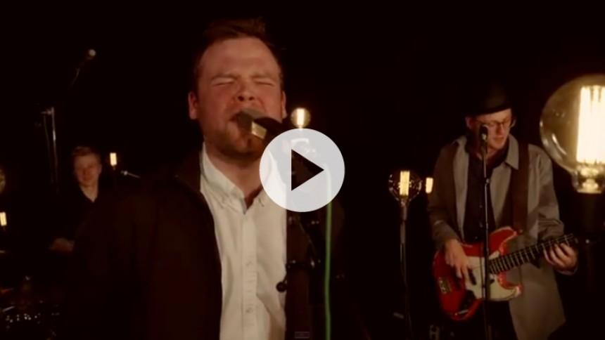 Se premieren på intens live-video fra Patrick Dorgan