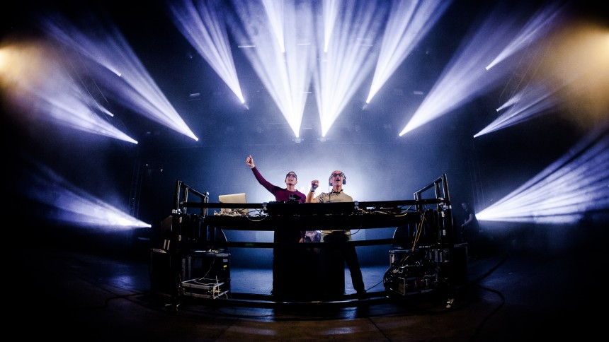 Above & Beyond : Tinderbox, Yellow Stage