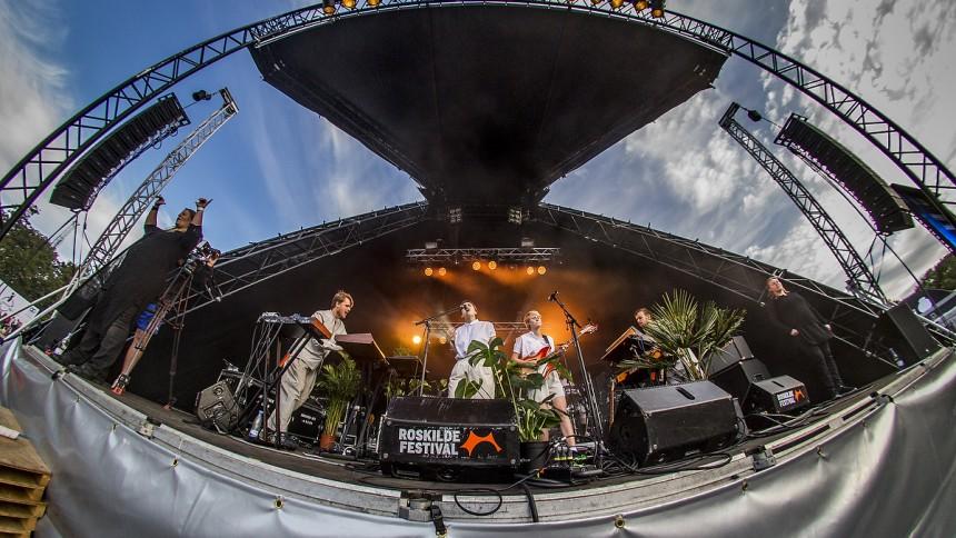 Lowly : Roskilde Festival, Rising