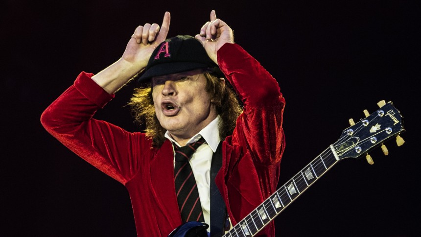 AC/DC: Rock or bust?