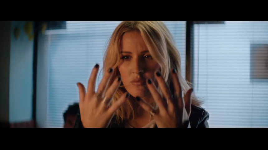 Ny musikvideo: Ellie Goulding får superkræfter