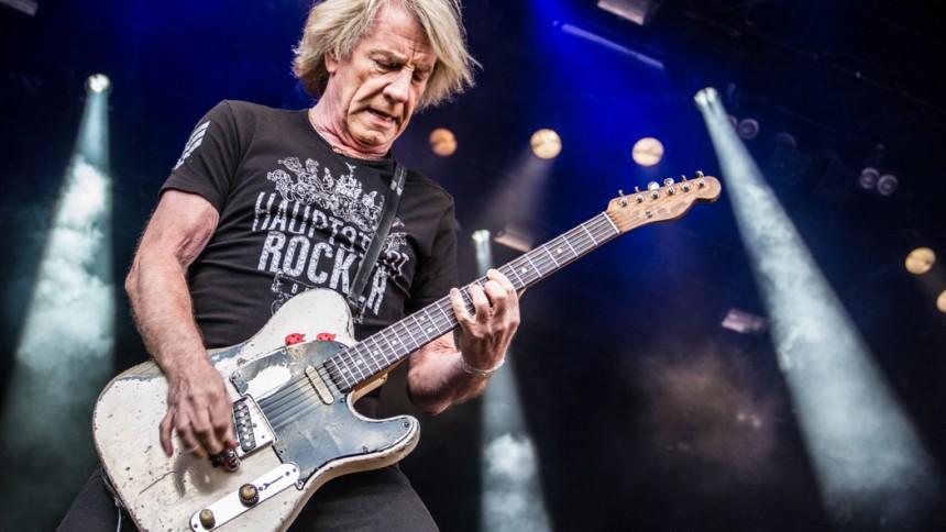 Status Quo-guitarist Rick Parfitt er død