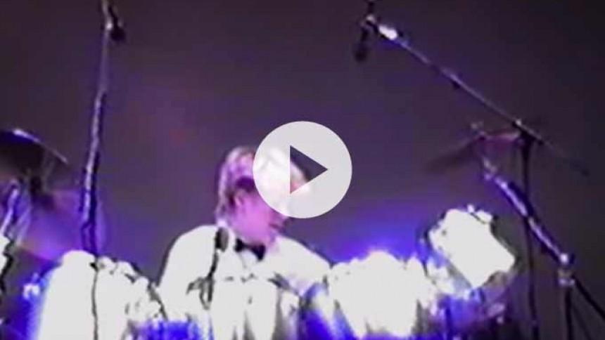 Video: Se Foo Fighters-trommeslager demonstrere sit talent som 15-årig
