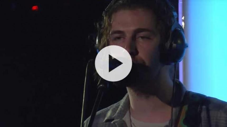Video: Hozier optræder med swingende Sam Smith-cover