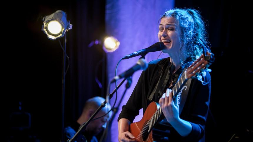 Randi Laubek tilbage med to album og turné