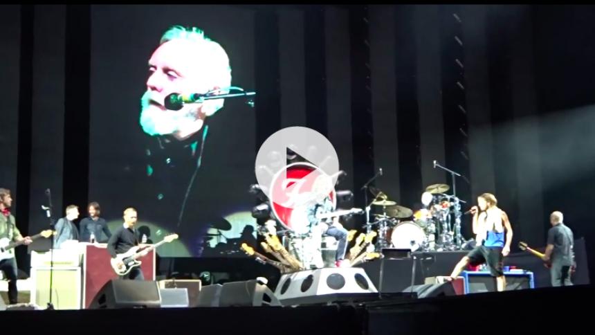 Se video: Foo Fighters i selskab med Roger Taylor og John Paul Jones