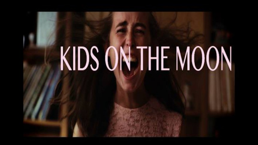 Video: Firserromantik og flade hos Kadie Elder