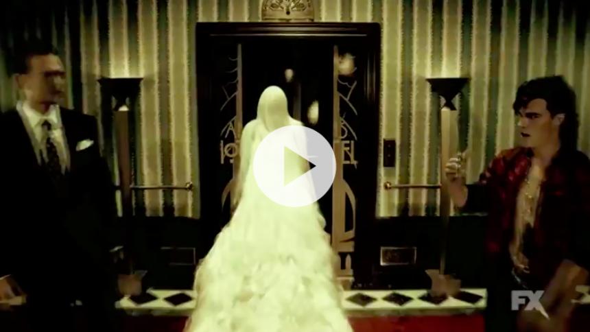 Se gysertrailer: Lady Gaga finder sin indre grevinde frem