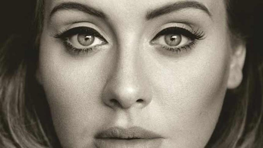 Adele sætter knusende platinrekord
