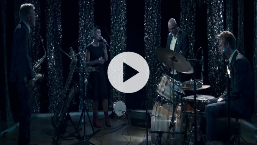 Se album- og turnéaktuelle Offpiste Gurus i intens livevideo