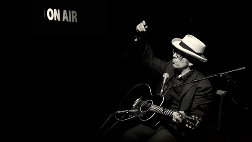 Elvis Costello kommer til Danmark