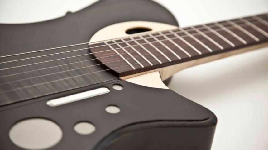 Nu kommer verdens første smart-guitar