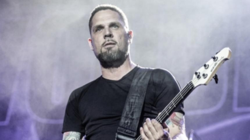 Volbeat mister bassist
