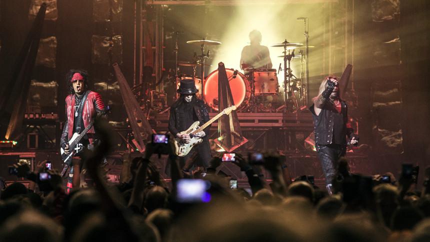 Mötley Crüe er tilbage – og afslører, hvad der fik dem samlet igen