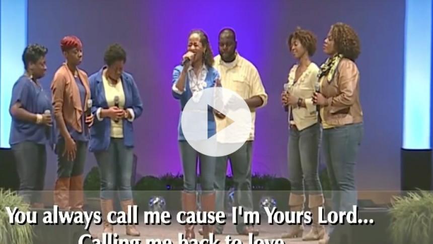 Video: Gospelkor laver hellig version af Drakes Hotline Bling