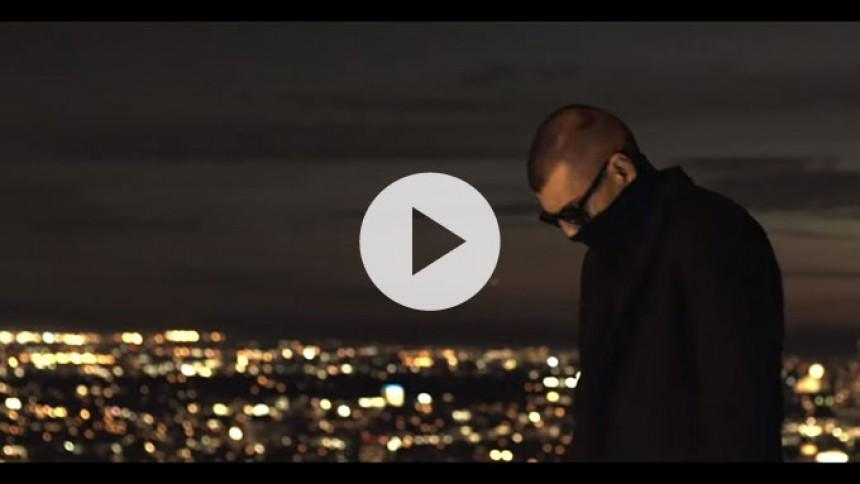 Sivas fester problemerne væk i ny musikvideo