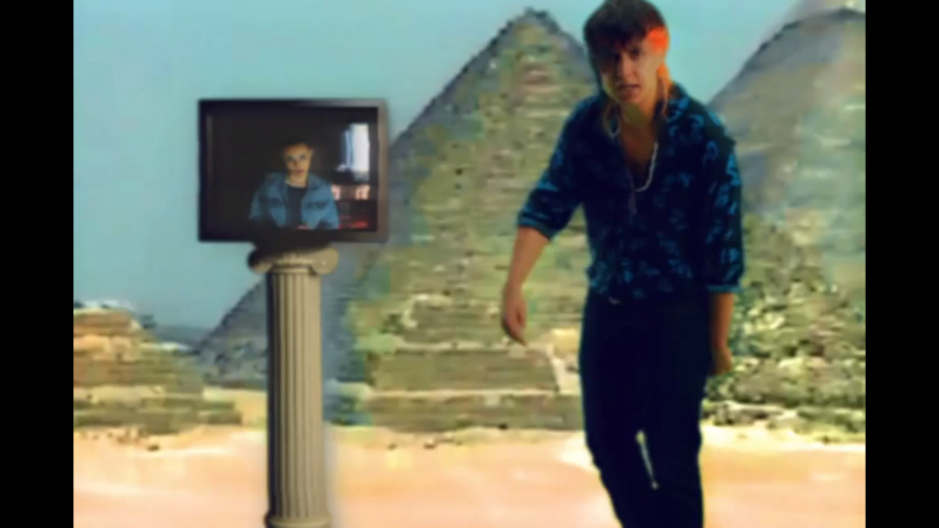 Musikvideo: Julian Casablancas og Jehnny Beth fortolker Sort Sol