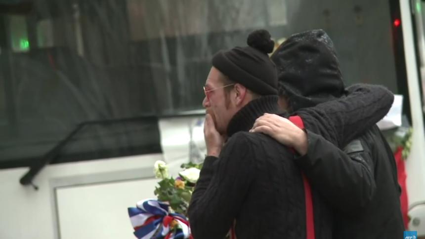 Spillested genåbner efter terrorangrebet i Paris