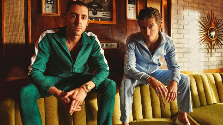 The Last Shadow Puppets er klar med første single og video i mere end syv år