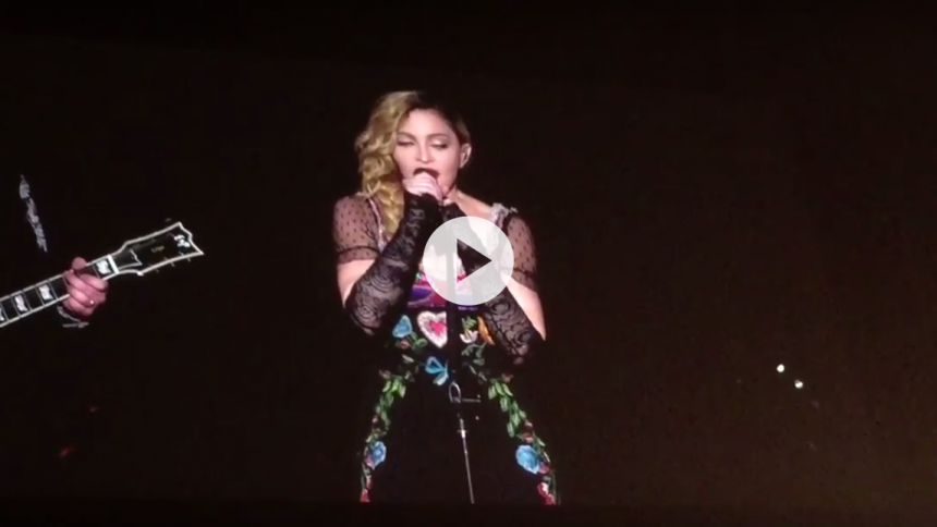 Video: Se Madonna synge for David Bowie