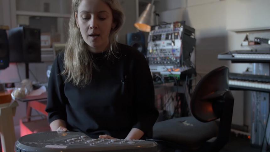 Video: Noah Rosanes laver musikmaraton med 30 gæster – dag 5 af 7